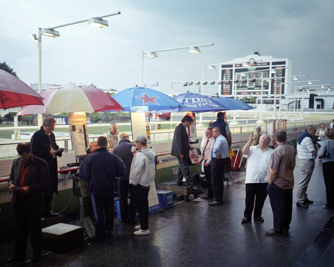Walthamstow Dogs, Bookies