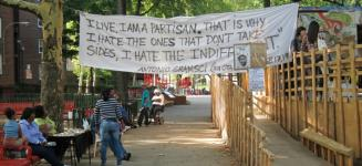 The Gulch Between Knowledge and Experience: Thomas Hirschhorn's Gramsci Monument